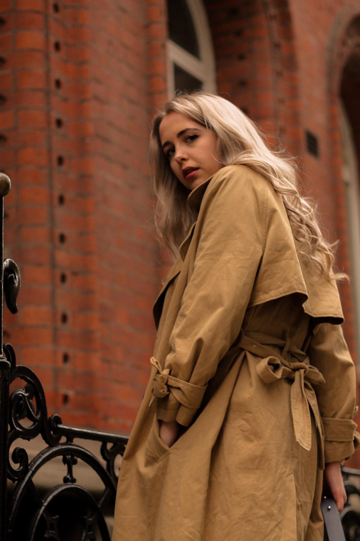 trench-coat-camel-trend-item