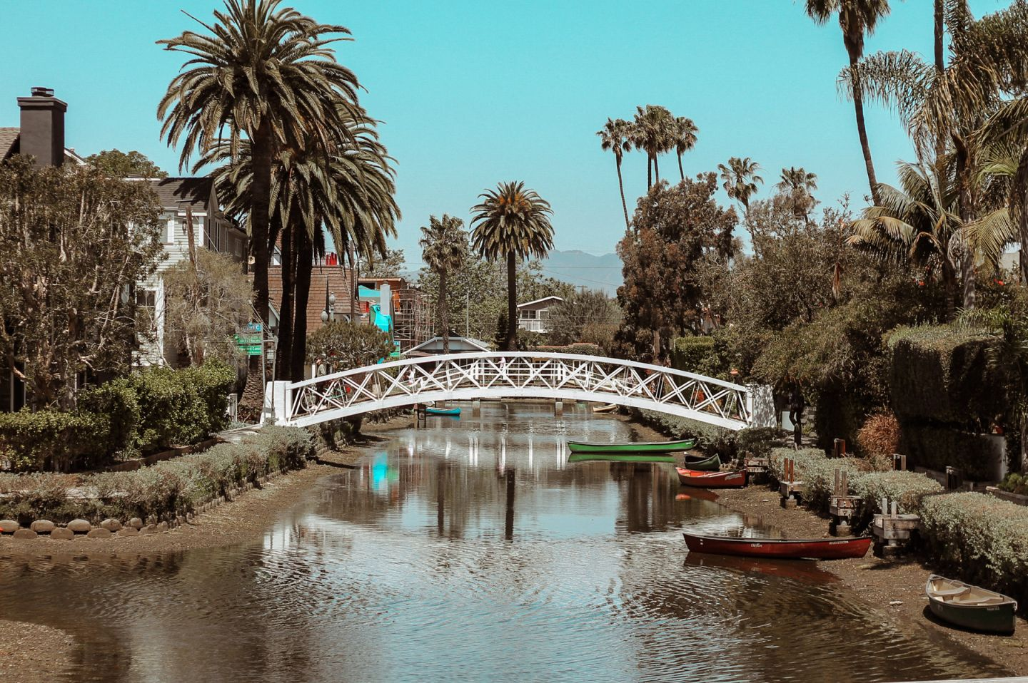 venice canals los angeles travel guide