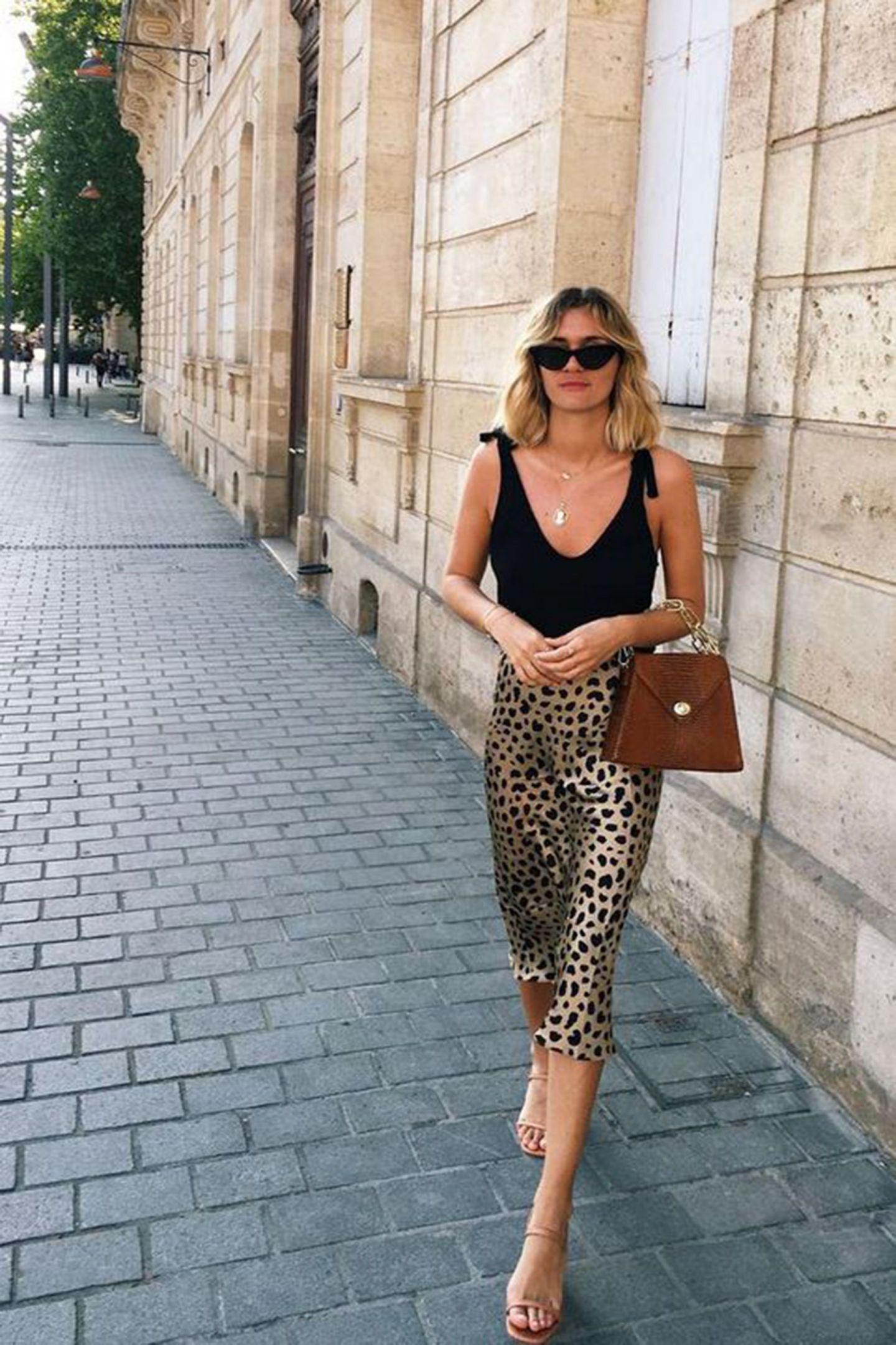 leopard print slip skirt realisation par