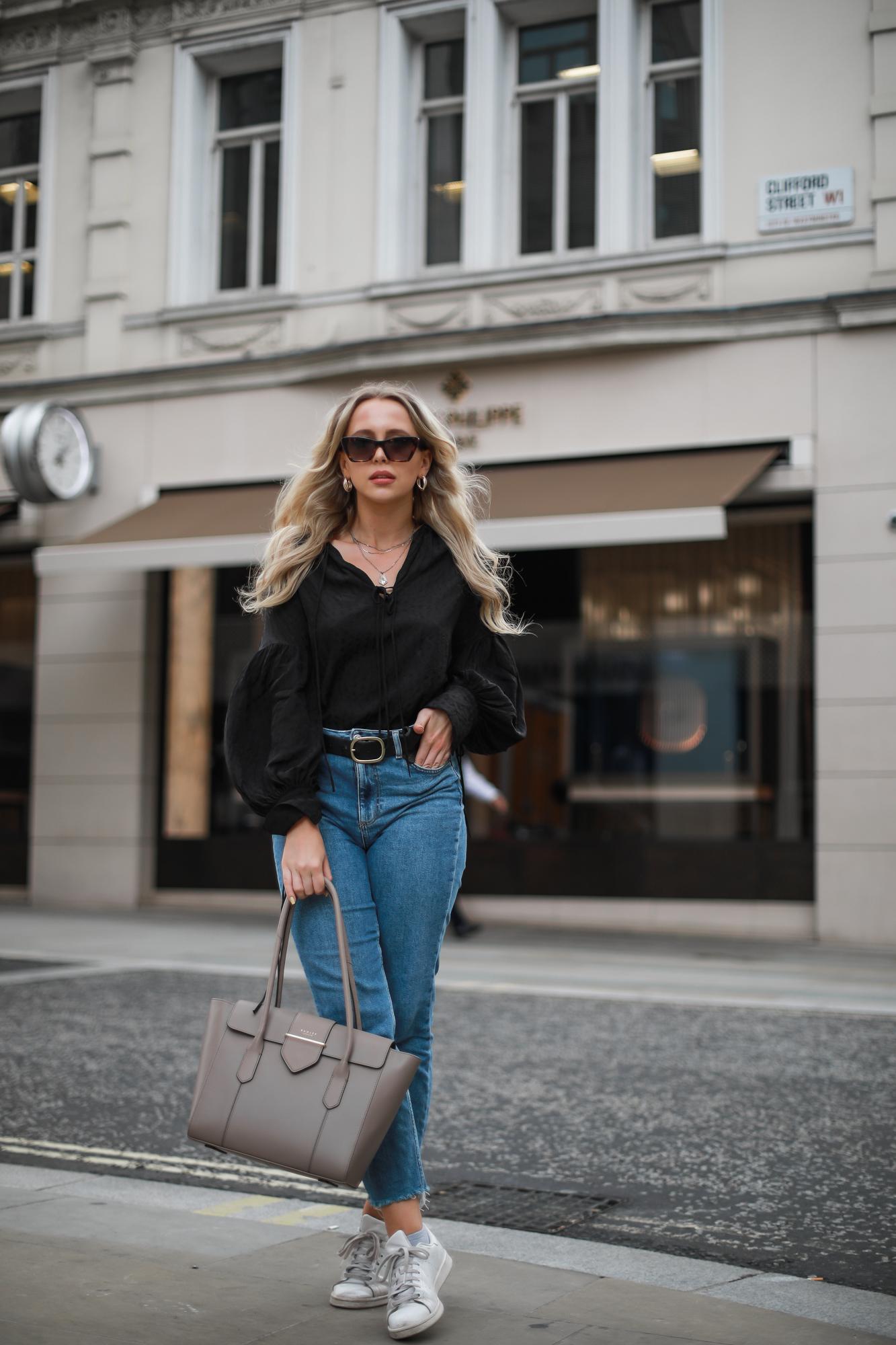 straight-leg-jeans-raw-hem-topshop